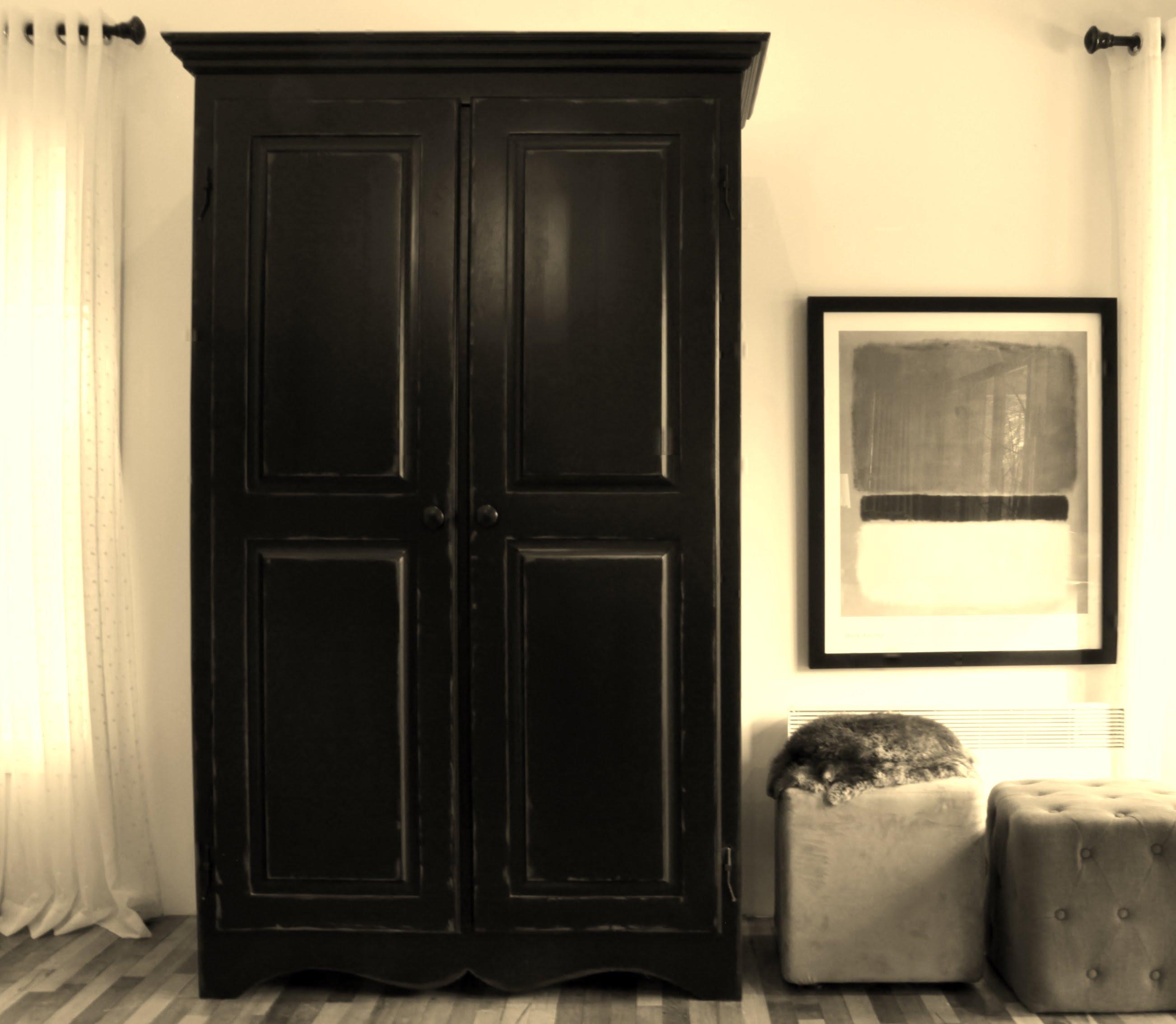 Armoire noir 2 meubles sur mesure meubles hochelaga for Meuble hochelaga montreal