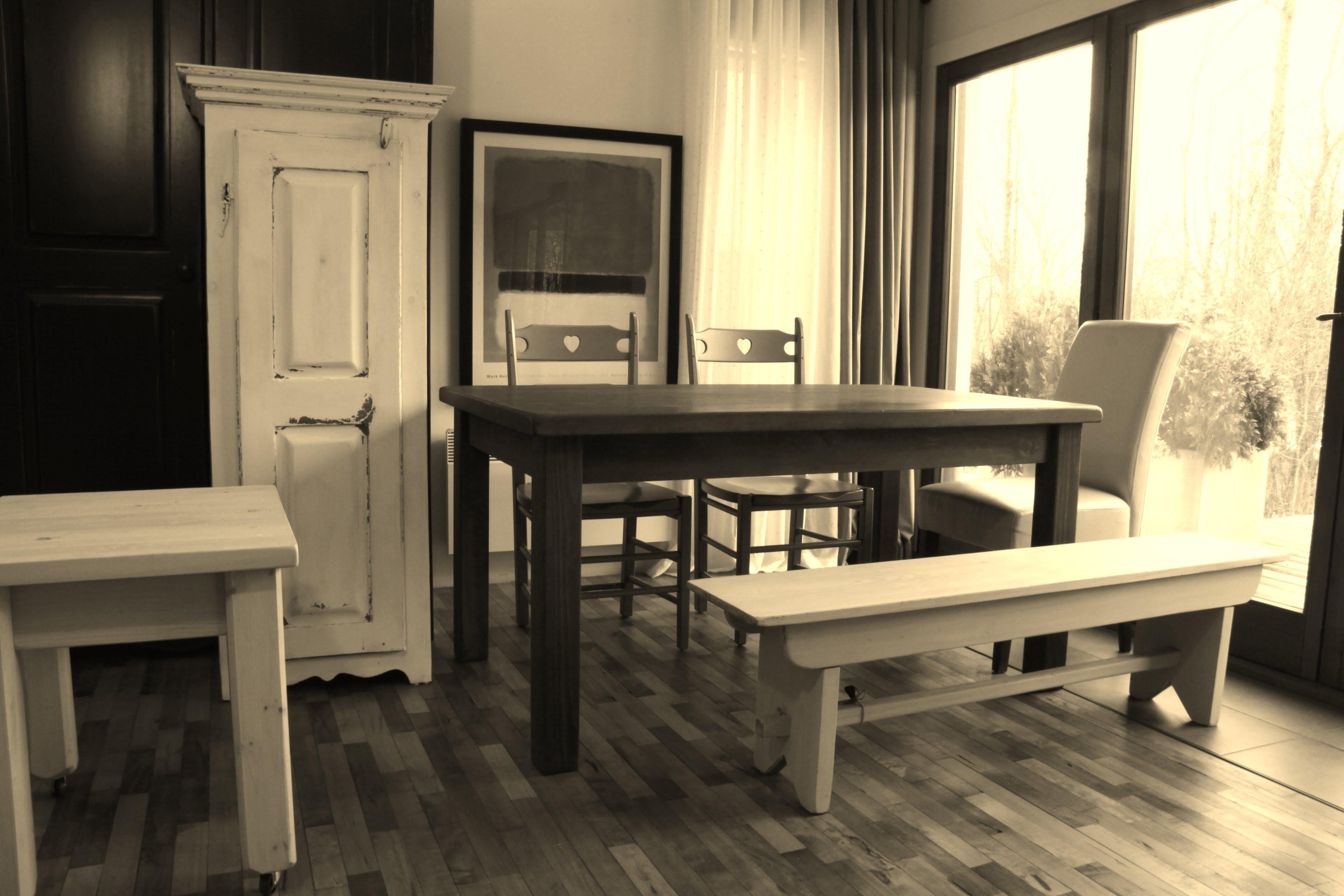 meubles rustiques 1 meubles sur mesure meubles hochelaga. Black Bedroom Furniture Sets. Home Design Ideas